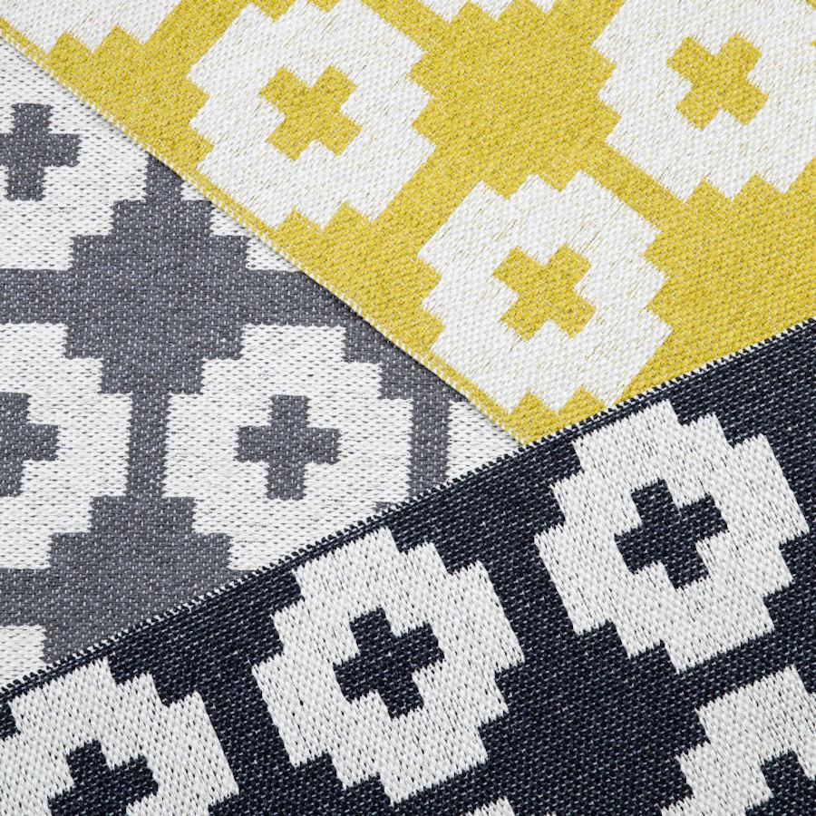 Tienda online alfombras ao alfombra floreada piedra for Alfombra colores