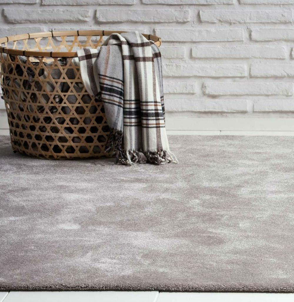 Tienda online alfombras ao colecci n de alfombras queen for Alfombras sinteticas a medida