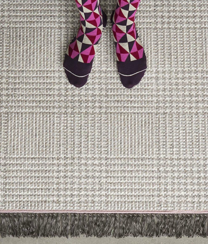 alfombra Wales flekos grises